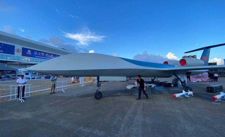 Drones, avion de guerre électronique: la Chine expose ses nouvelles armes