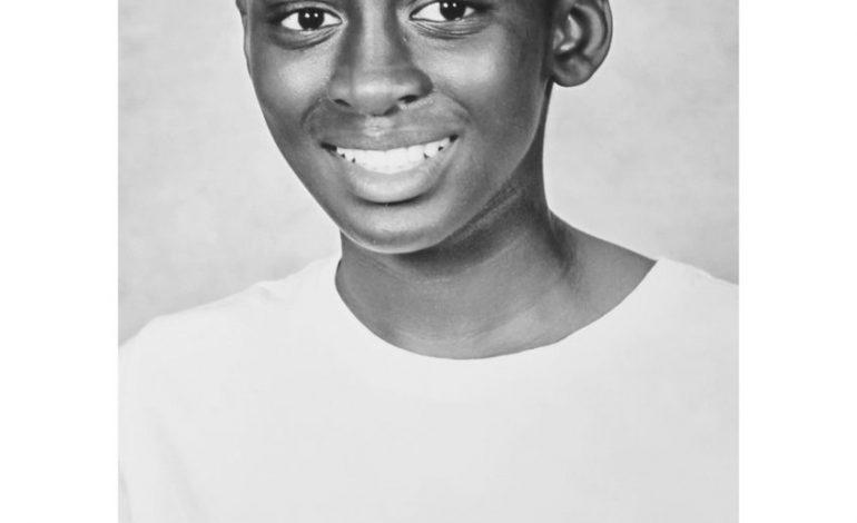 Ibrahima Kandji, 16 ans, footballeur d'origine sénégalais prometteur, tué d'un coup de couteau pour avoir dit qu'il habitait Bagnolet (France)