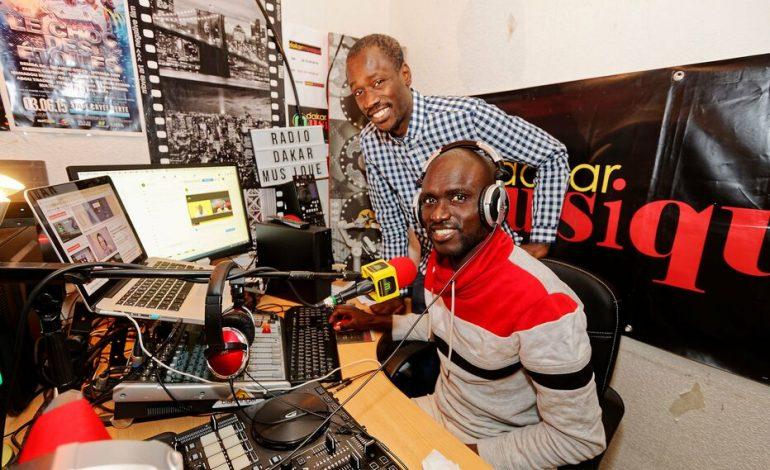 Près du Havre, la radio Dakar Musique d'Alioune et Omar Sène fait mouche dans le monde entier