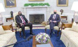 En recevant Uhuru Kenyatta, Biden annonce de nouveaux dons de vaccins pour l'Afrique