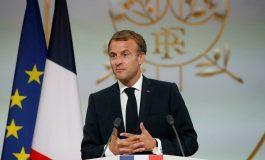 Emmanuel Macron interpellé par la jeunesse africaine au sommet Afrique-France à Montpellier